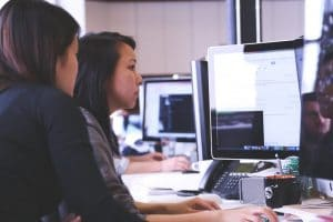How To Use Technology To Communicate At Work